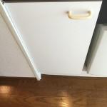 1R ミニキッチン 収納扉 新規交換(水を含んで腐食の為)